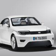 TUM-Entwicklerteam stellt effizientes Elektroauto vor